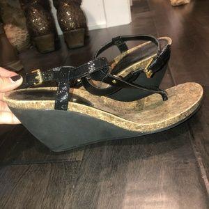 Ralph Lauren Size 8 Reeta Black & Gold Sandal